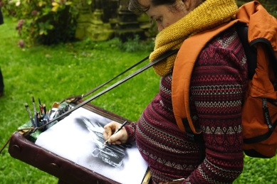 Alice Freytet commence à créer son rouleau !